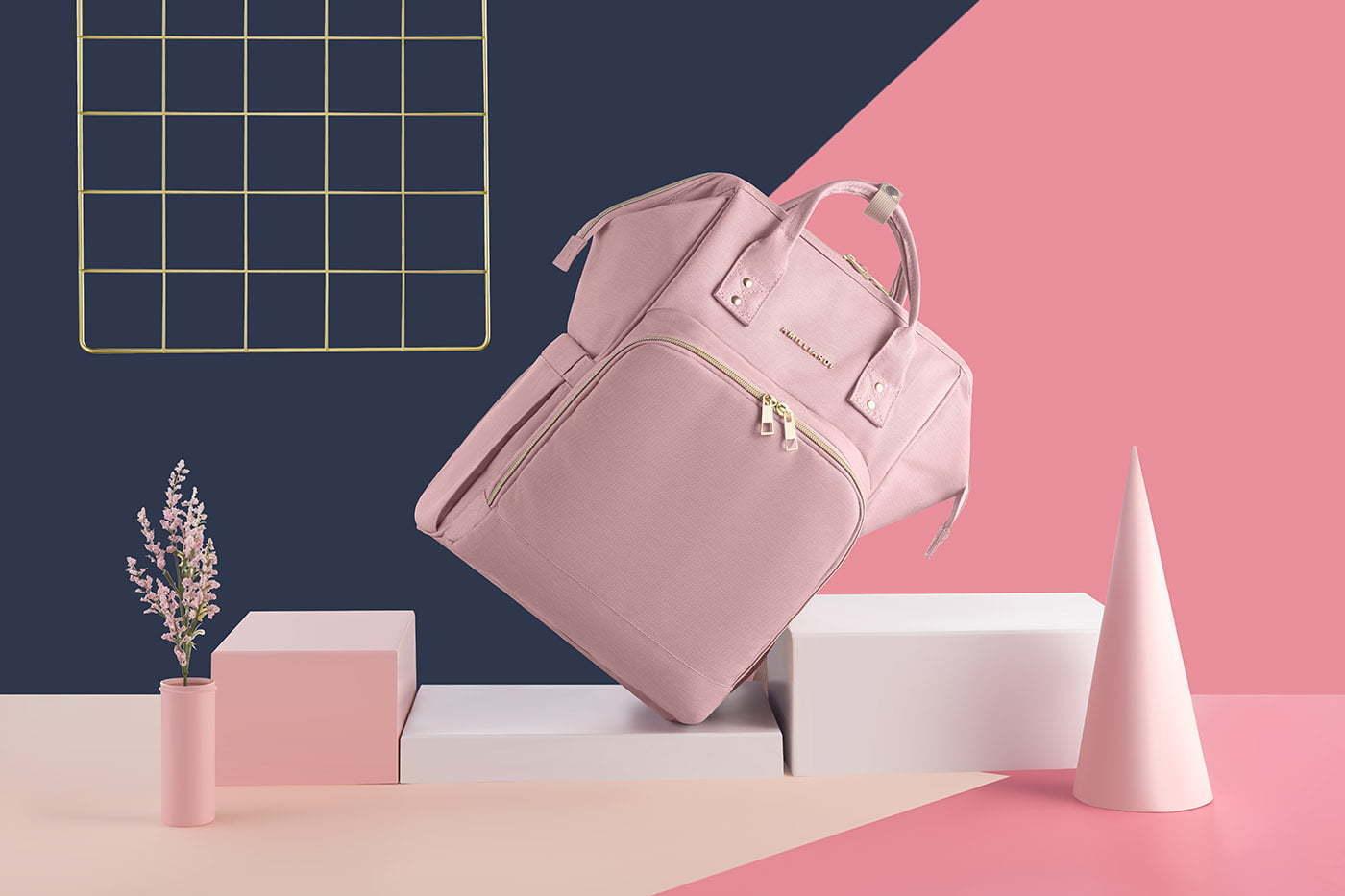 A photo of a handbag lifestyle photo