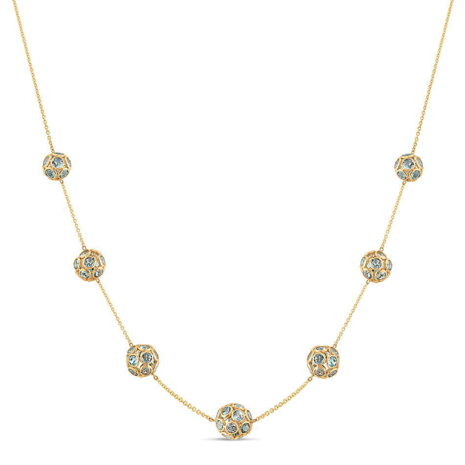 a picture of a yellow gold necklace