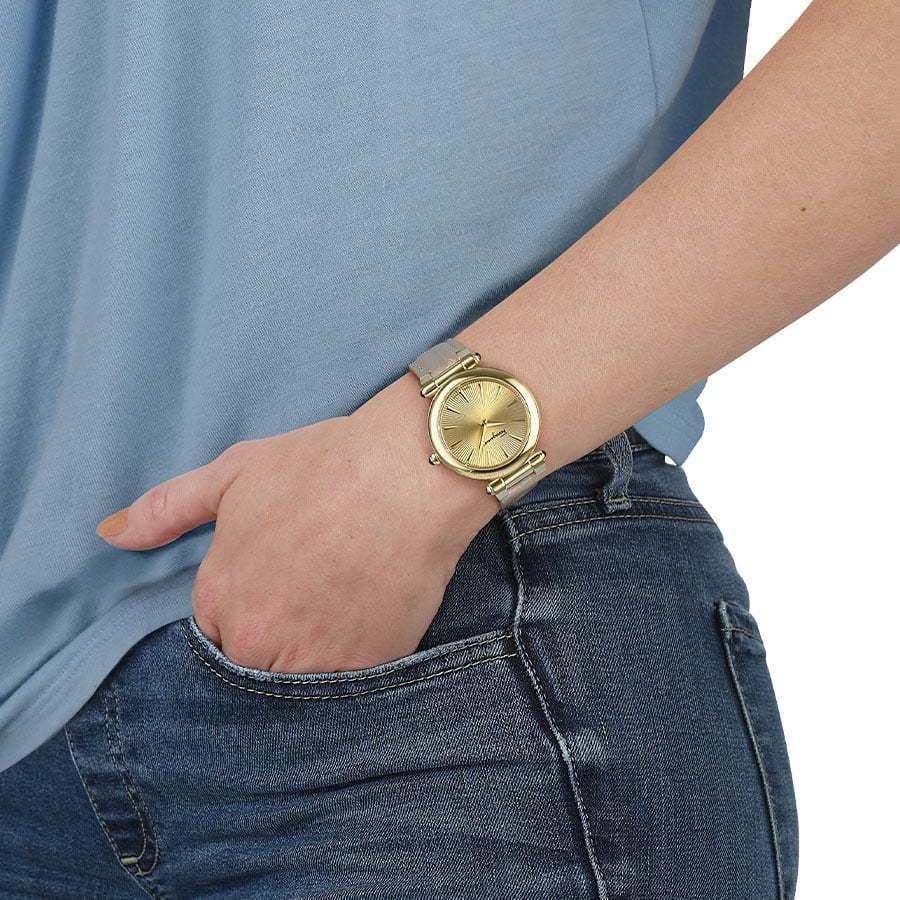 ferragamo-model-hand-watch-photography