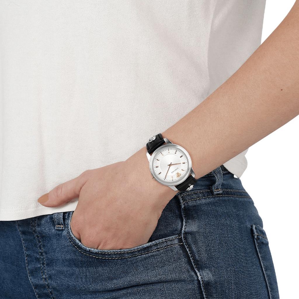 watch-photography-on-wrist-woman.jpg