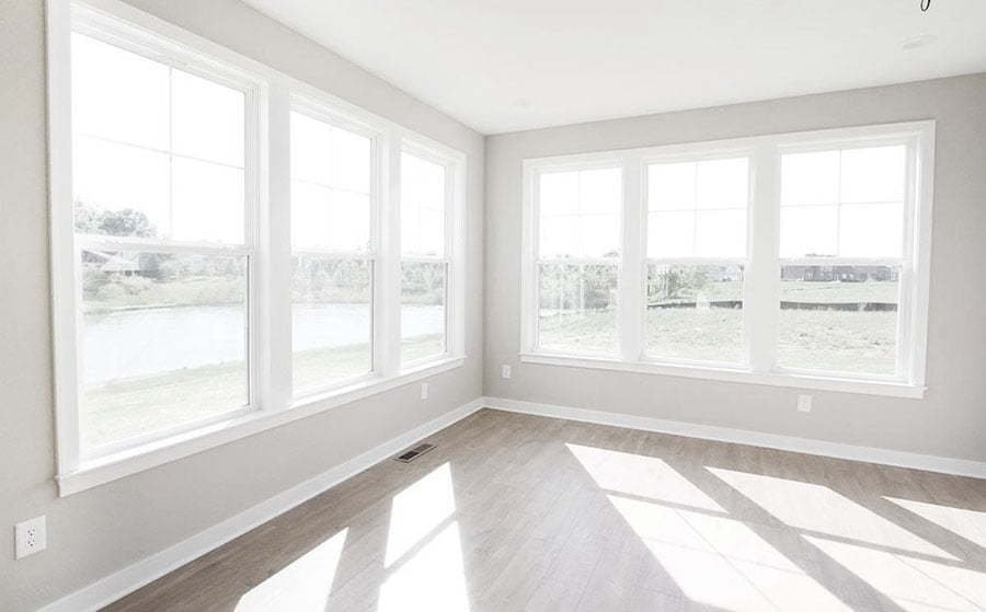 a-room-with-windows-for-photography.jpg