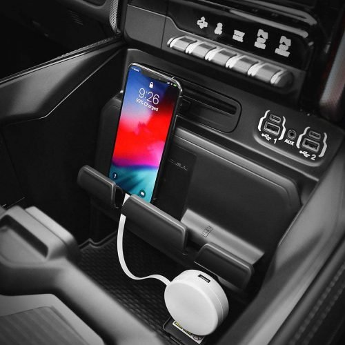 lifestyle-photography-in-a-car